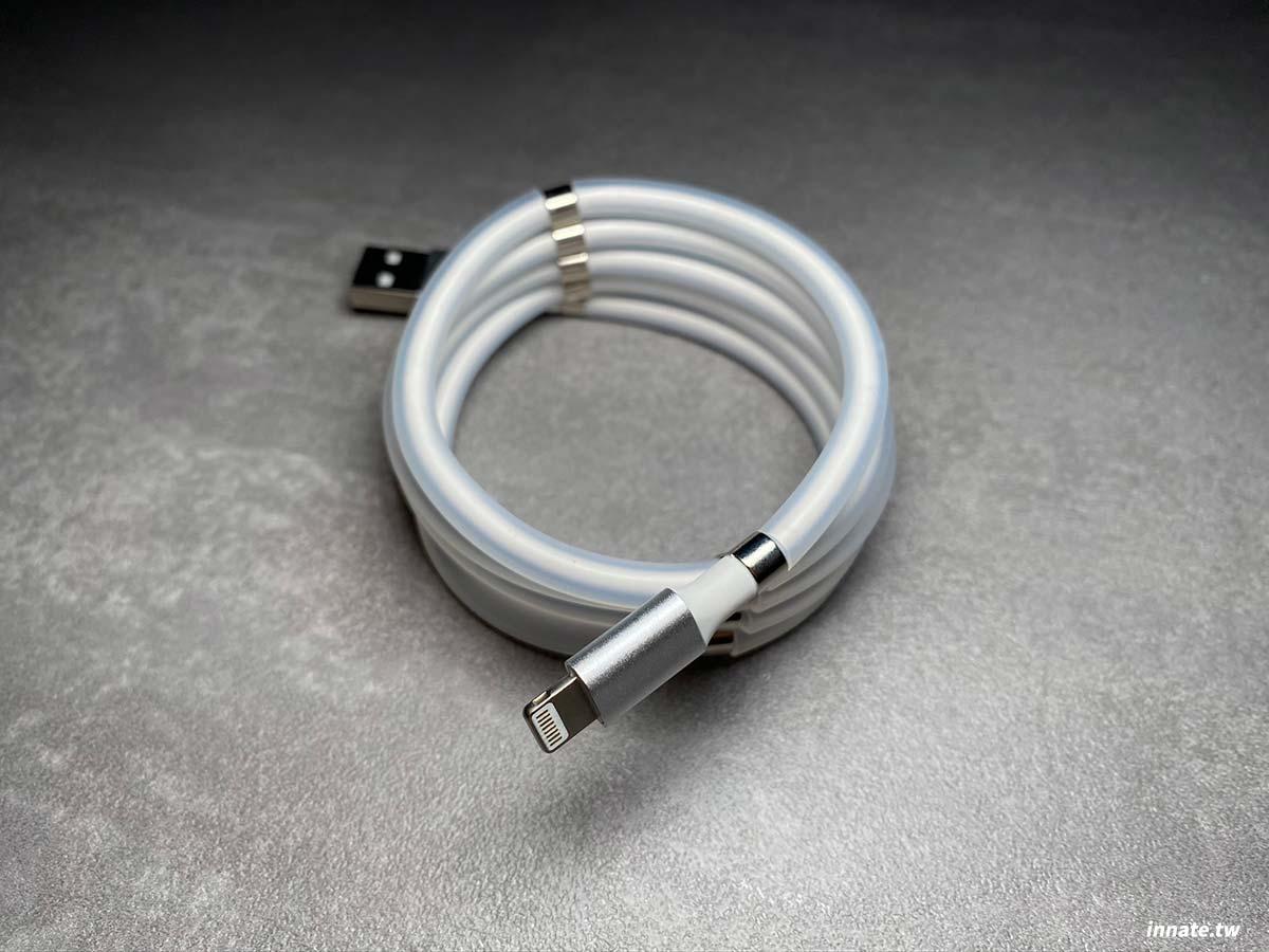 [開箱]磁吸收納傳輸線的充電性能實測,Lightning跟Type-C兩種接頭的實際充電測試,看完就知道能不能買。