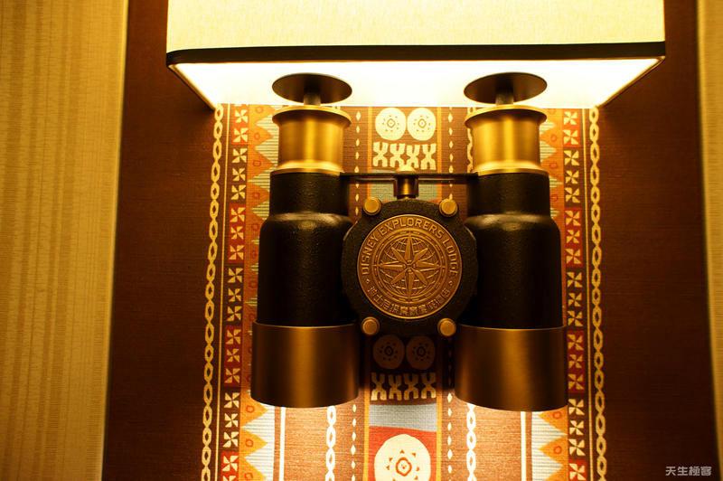 酒店房間外的燈具.jpg